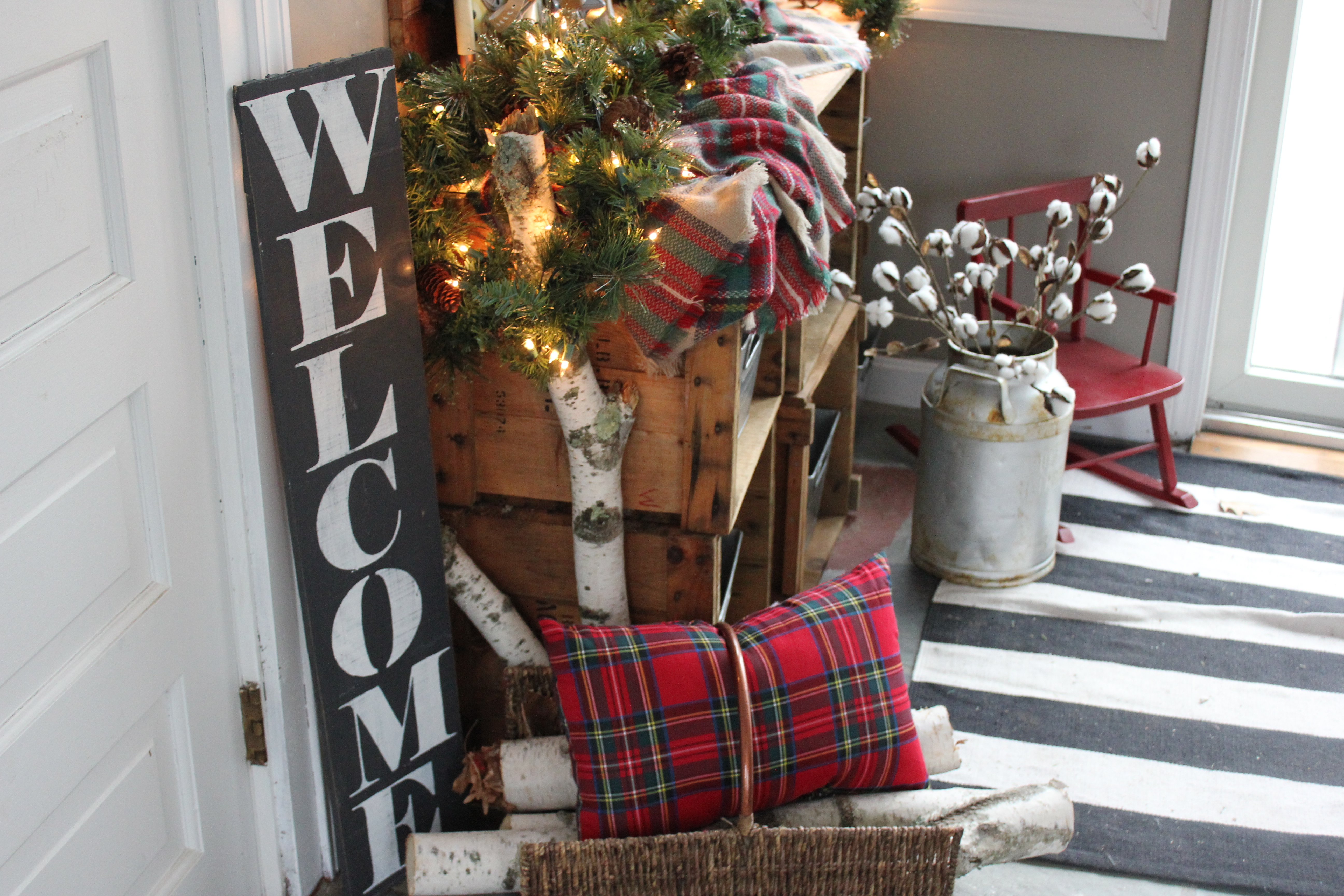 Christmas Entryway – Back to Blueberry Hill