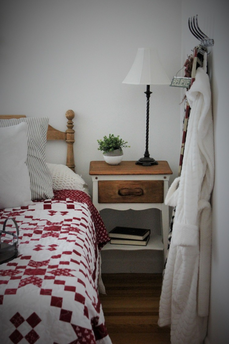 home decorating blog – Back to Blueberry Hill on chocolate master bedroom, reading master bedroom, lighting master bedroom, organizing master bedroom, halloween master bedroom, aqua and brown master bedroom, painting master bedroom, furniture master bedroom, paint master bedroom, decorate my master bedroom, decorating master bedroom, family master bedroom, diy master bedroom, art master bedroom, staging master bedroom, design master bedroom, remodeling master bedroom, home master bedroom, small master bedroom, cleaning master bedroom,
